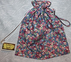 Country blue floral bag